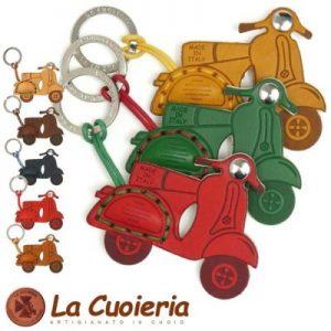 【La Cuoieria】ベスパレザーキーホルダー