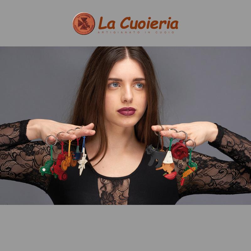 【La Cuoieria】アニマルモチーフレザーキーホルダー<ネコ>