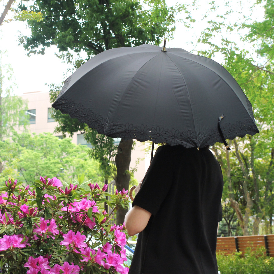 【CarronSelect】フラワーボーラーエンブロイダリーバンブーハンドル晴雨兼用長日傘